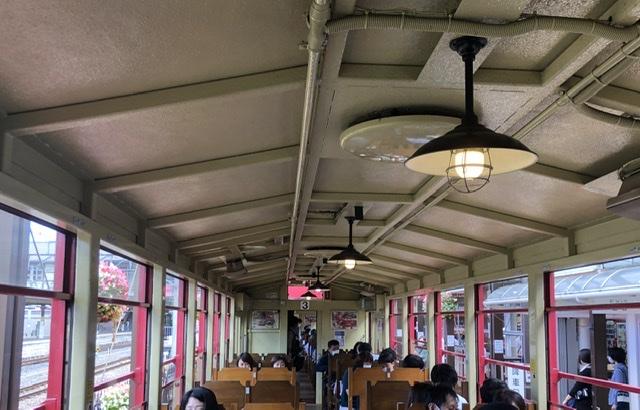 トロッコ列車(嵐山)座席でおすすめの場所は左右どこ?窓側進行方向はどこ?
